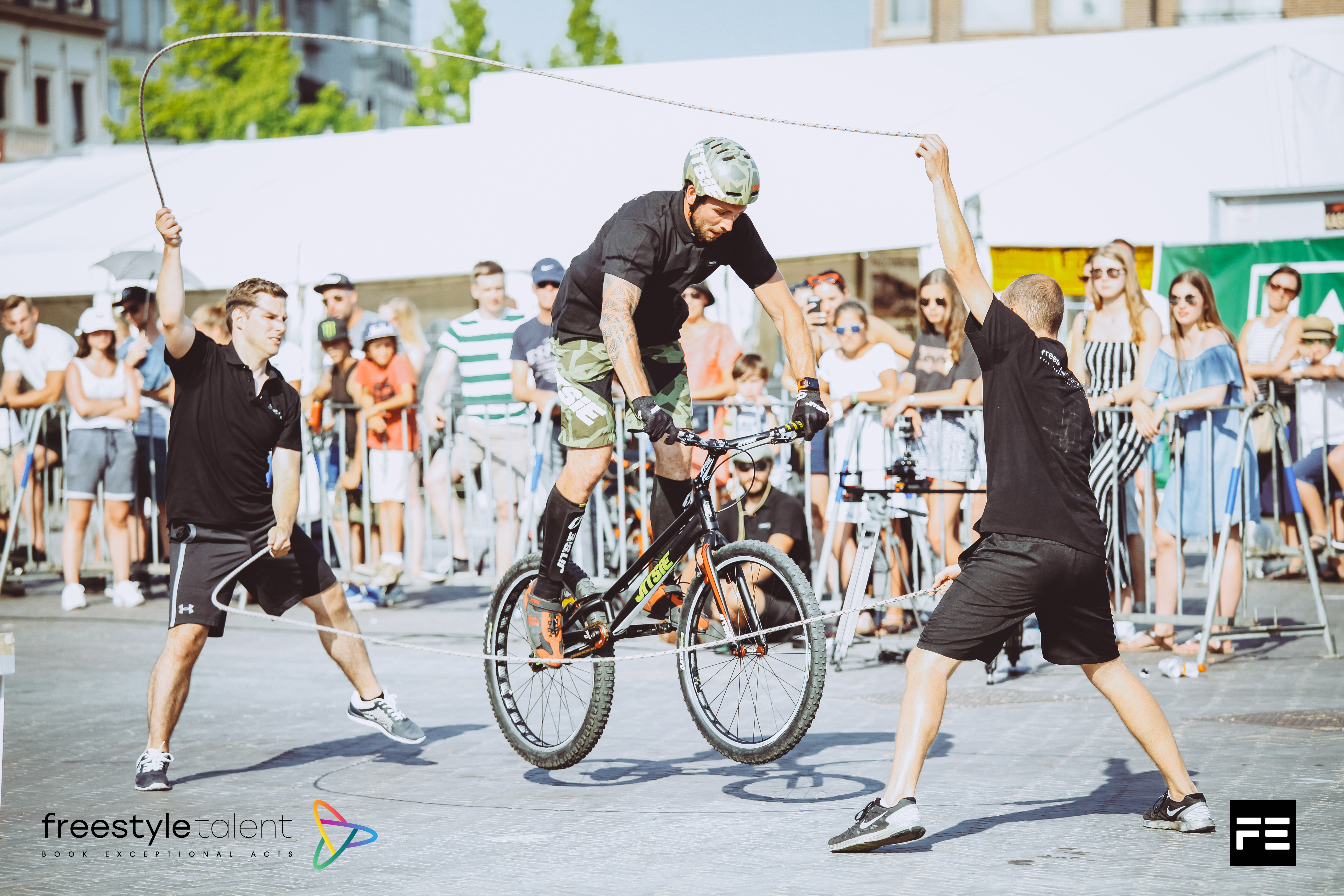 bike in double dutch