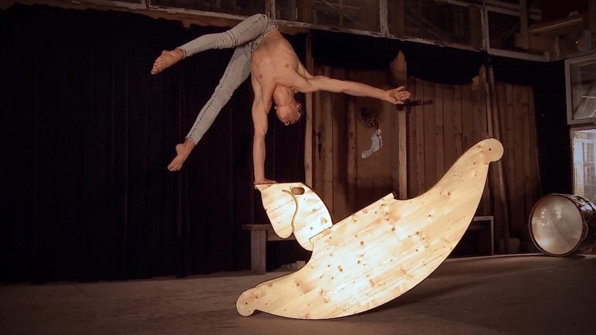 handstand wooden horse